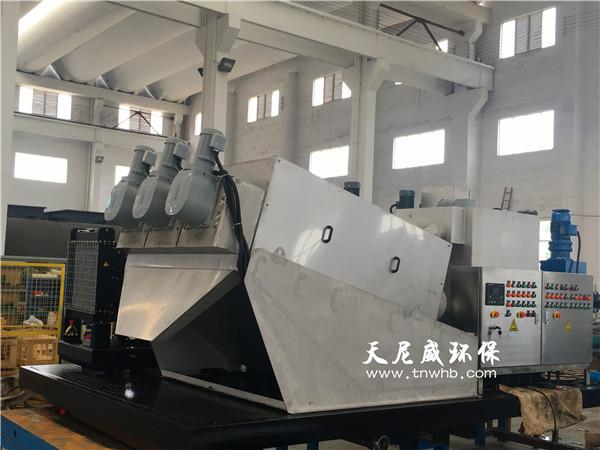 yidongshiwu泥tuo水车